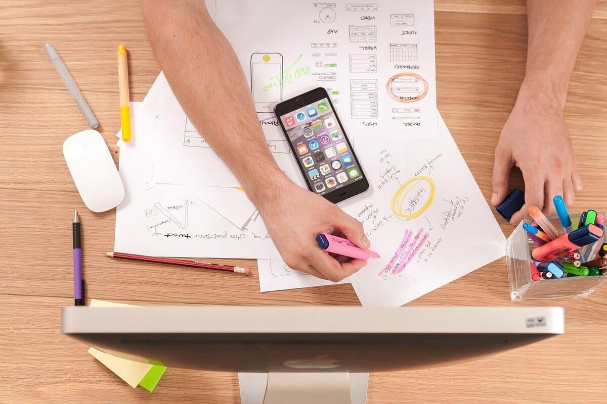 7 Coisas que um Designer profissional faz,  E VOCÊ TAMBÉM VAI CONSEGUIR  FAZER.